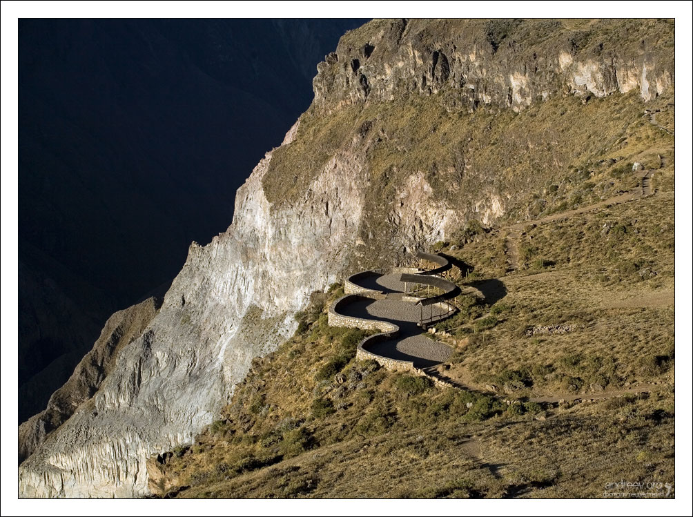 http://www.andreev.org/albums/Colca%20Canyon/images/073PE.jpg