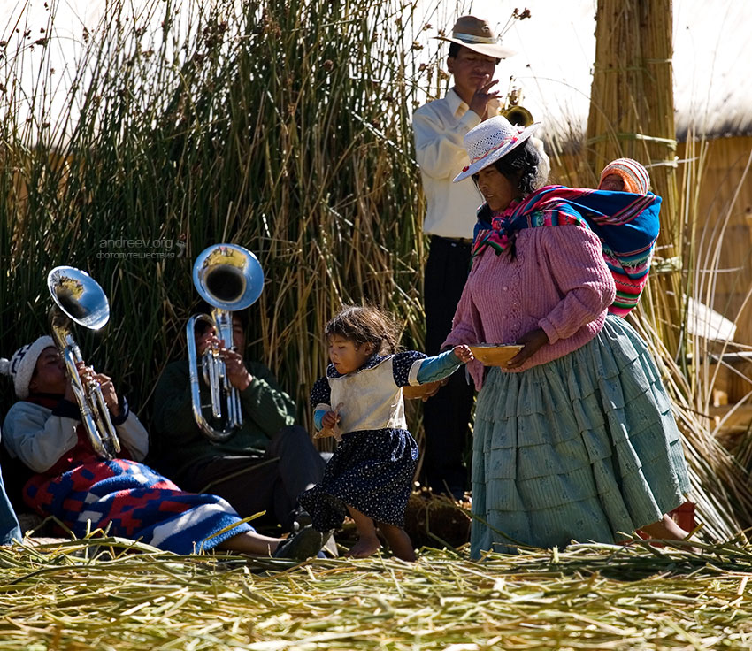 http://www.andreev.org/albums/Titicaca/images/156PE.jpg