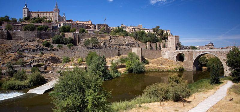 Испания: фотографии Толедо и ветряных мельниц