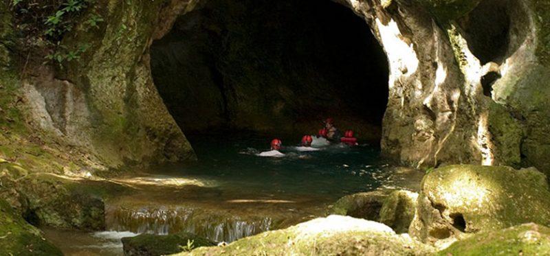 Путешествие в Белиз: день 6. Пещера Actun Tunichil Muknal