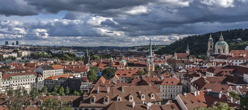 Чехия: крыши Праги