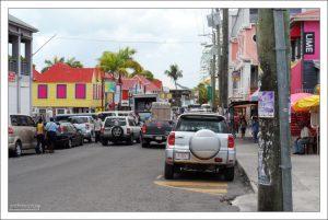 Сент-Джонс - самый большой город государства Антигуа и Барбуда.