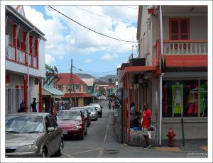 Подавляющее большинство жителей города Сент-Джонс - потомки африканских рабов.