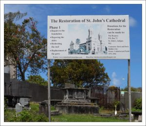 Этапы реставрации собора St. John's Cathedral.
