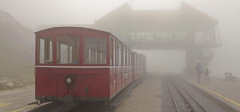 Австрия: Шафбергбан – поезд в туман