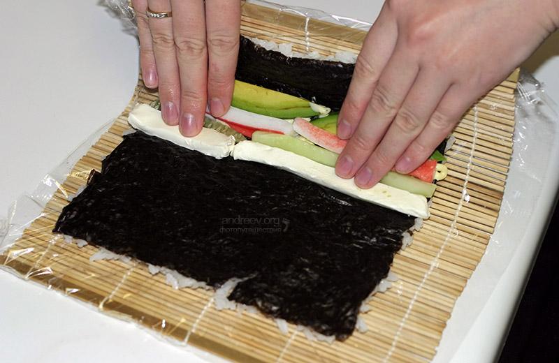какой стороной класть морскую капусту для суши